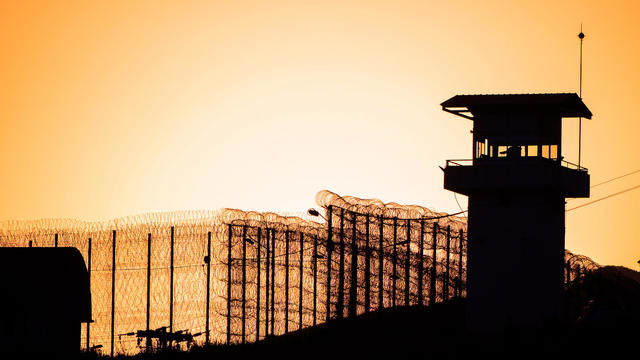Generic prison