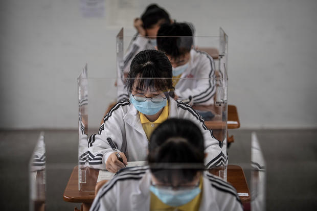 TOPSHOT-CHINA-HEALTH-VIRUS-EDUCATION