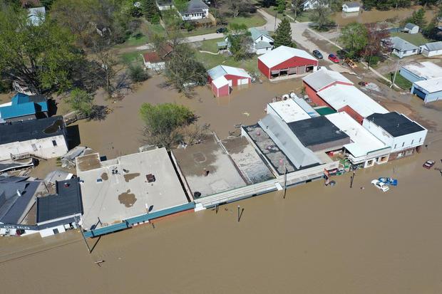 Michigan dams burst