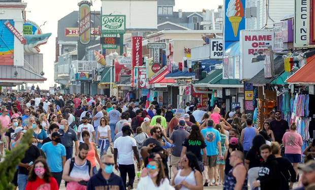 FILE PHOTO: Visitors crowd the boardwalk on Memorial Day weekend in Ocean City, Maryland
