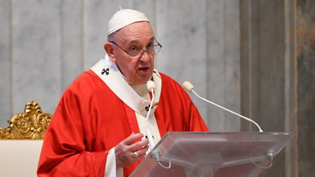VATICAN-RELIGION-POPE-HEALTH-VIRUS-PALM-SUNDAY-MASS
