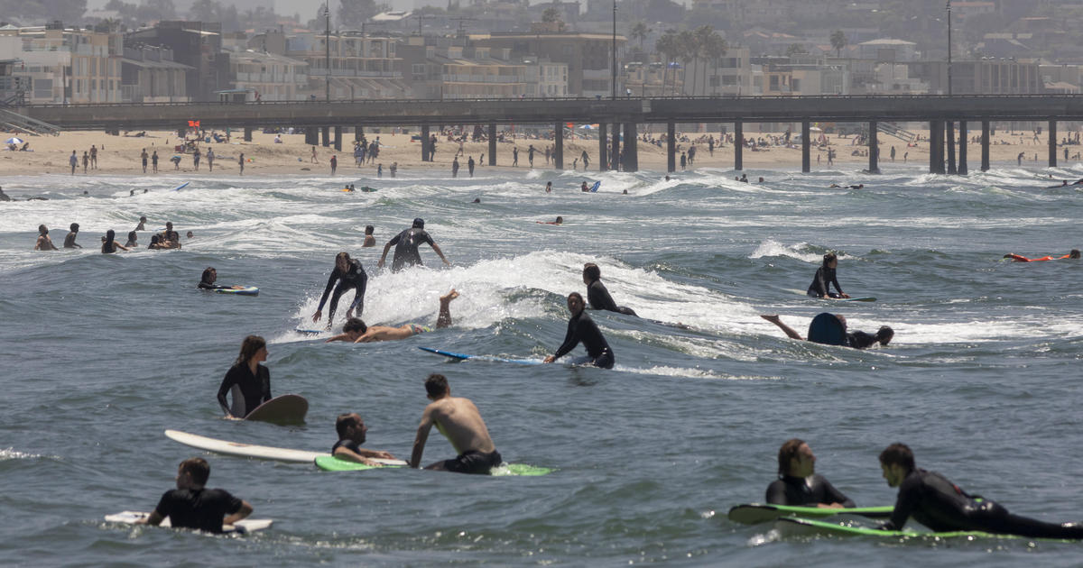 Los Angeles County closes beaches for July 4 weekend, citing coronavirus risk 1