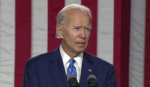Biden criticizes Trump's response to coronavirus