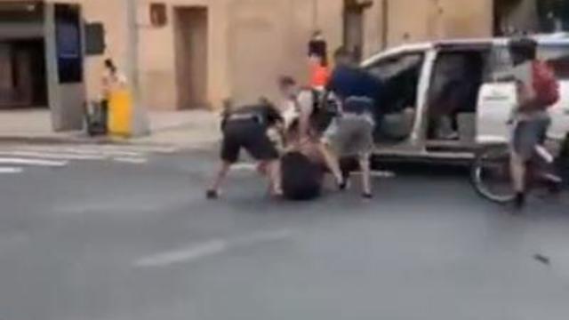 nyc-arrest-plainclothes-police.jpg
