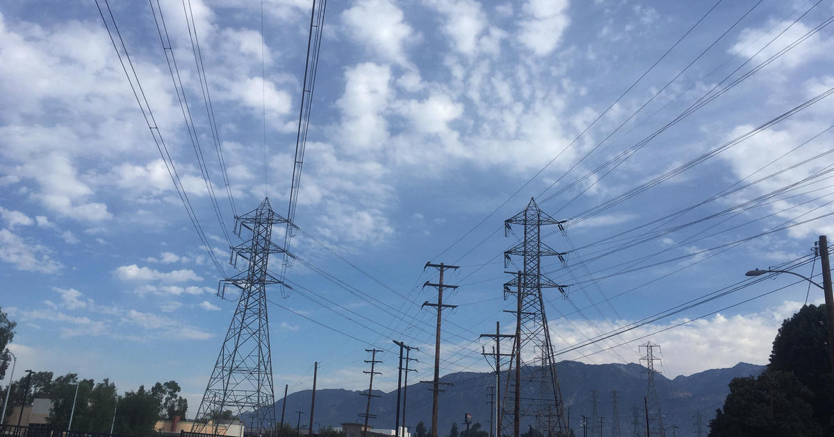 Extreme heat hits California spurring rolling power outages for first time since 2011 – CBS News