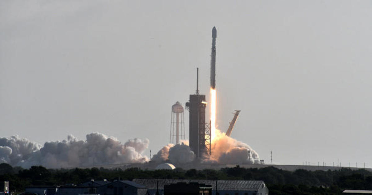 SpaceX launches 60 more Starlink satellites in fast-growing constellation
