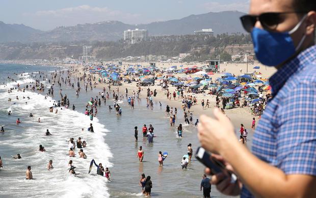 Californians Flock To Beaches Amid Major Late-Summer Heatwave