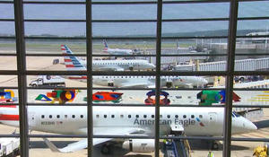 Airlines plead for federal aid to prevent layoffs
