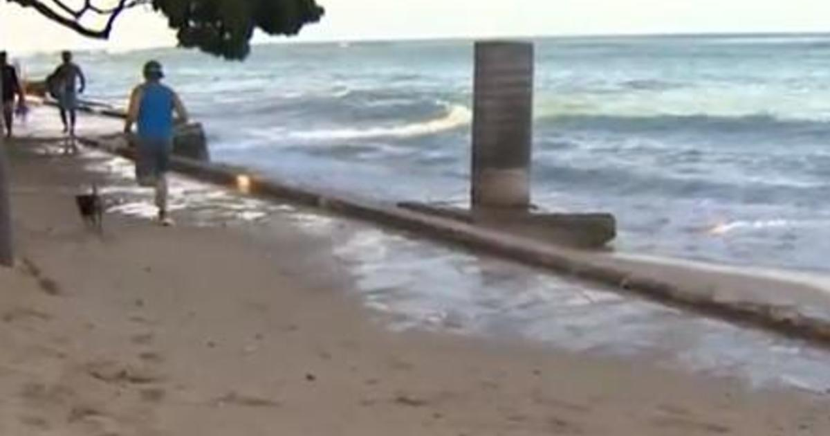 Sea level rise could cost Hawaii up to 40% of its beaches by 2050, study shows