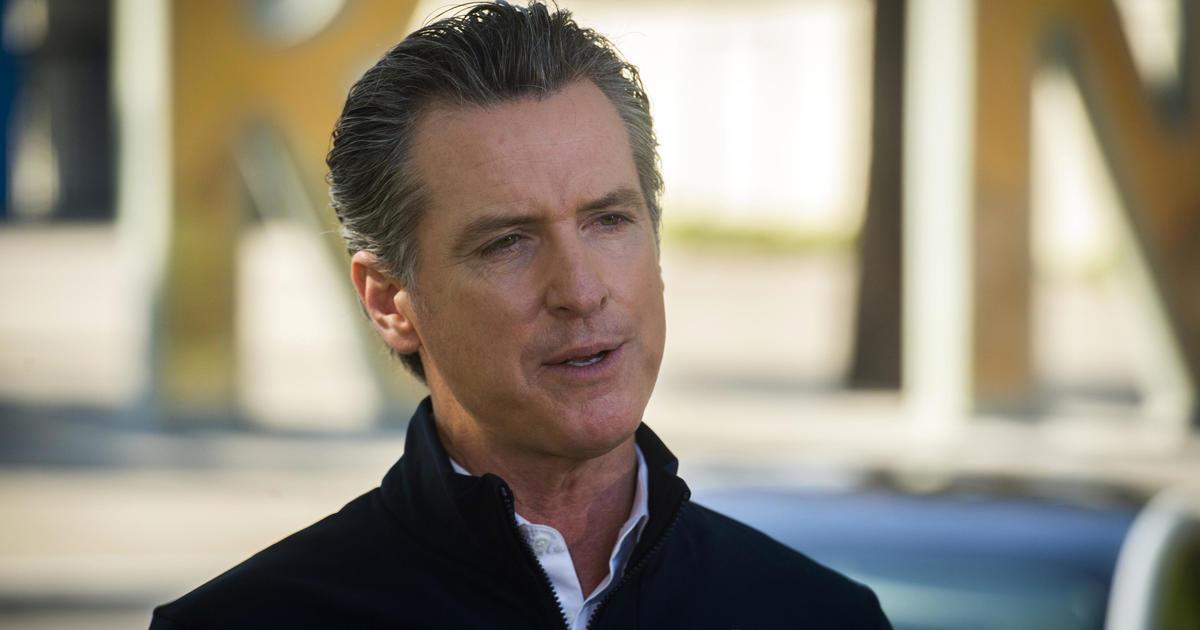 California bans chokeholds, shortens probation sentences