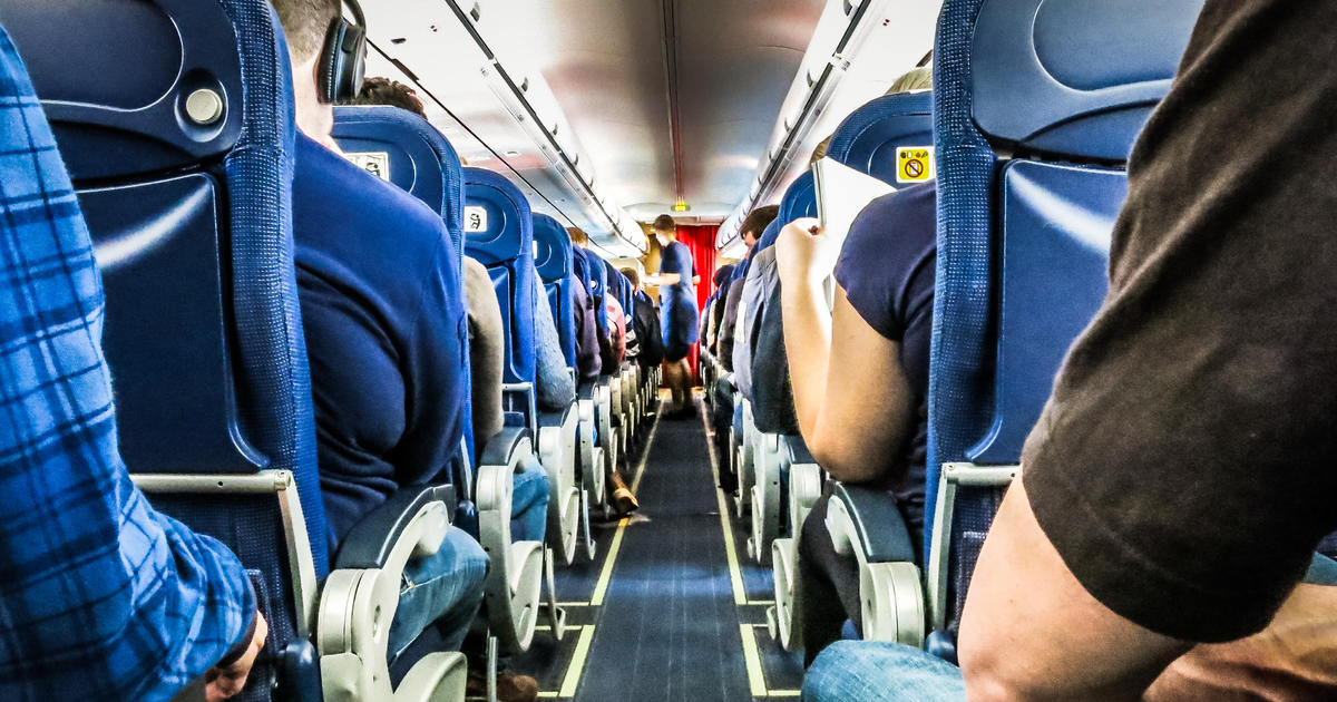 Planning a trip? Federal officials say wear a...