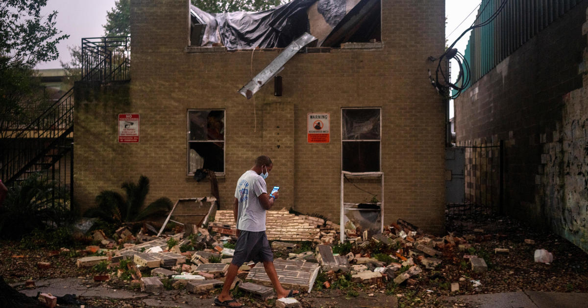 Zeta leaves at least 6 dead and nearly 2 million without power