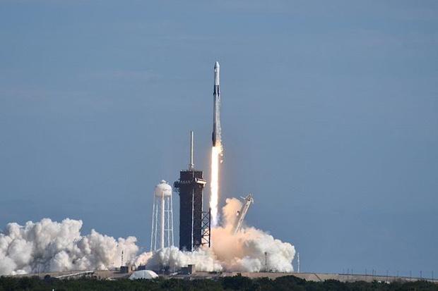 120620-crs21-launch.jpg