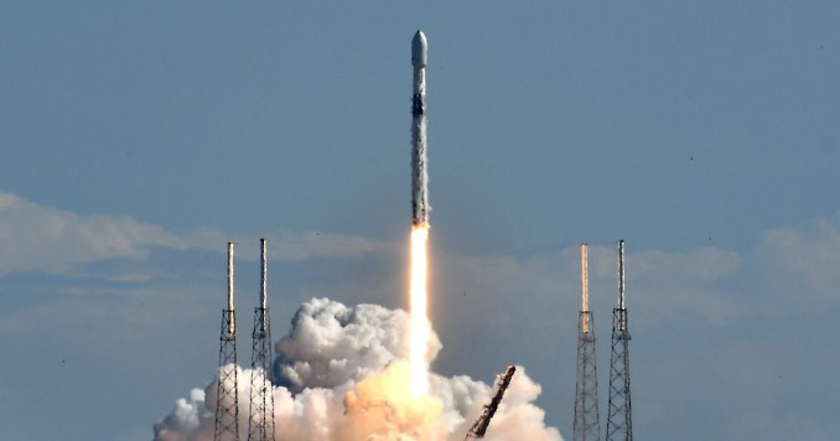 SpaceX Falcon 9 rocket launches radio broadcasting satellite for SiriusXM