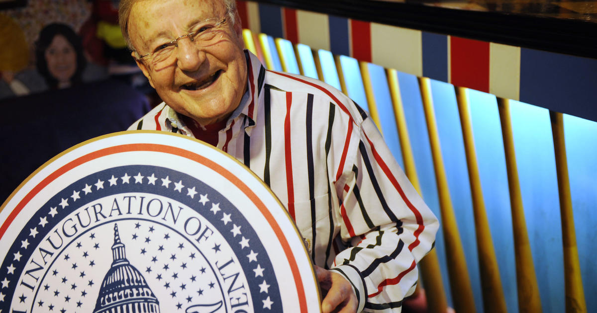 93-year-old Charlie Brotman back to announce his 17th inauguration parade after being replaced for 2017 Trump inauguration
