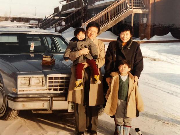 yeun-family-photo-1280.jpg