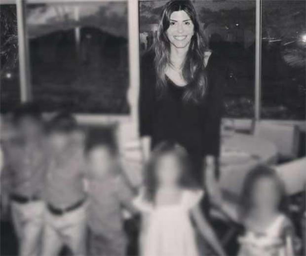 Jennifer Dulos with her children
