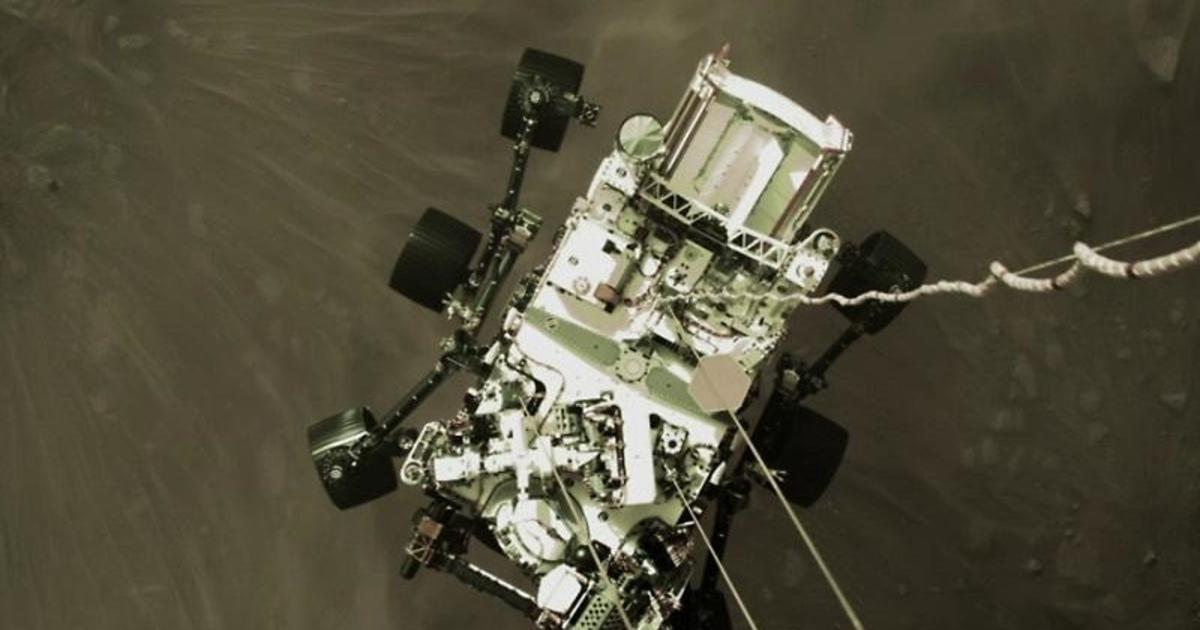 Mars rover Perseverance beams back dramatic landing selfie – CBS News