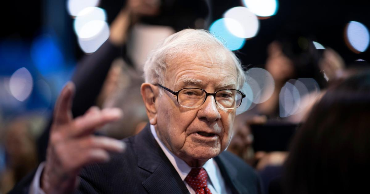 Warren Buffett has made $100 billion on his investment in Apple - CBS News
