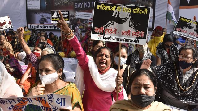Delhi Congress Protests Against Dalit Atrocities And Women Harassment