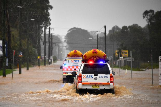 TOPSHOT-AUSTRALIA-WEATHER-FLOOD