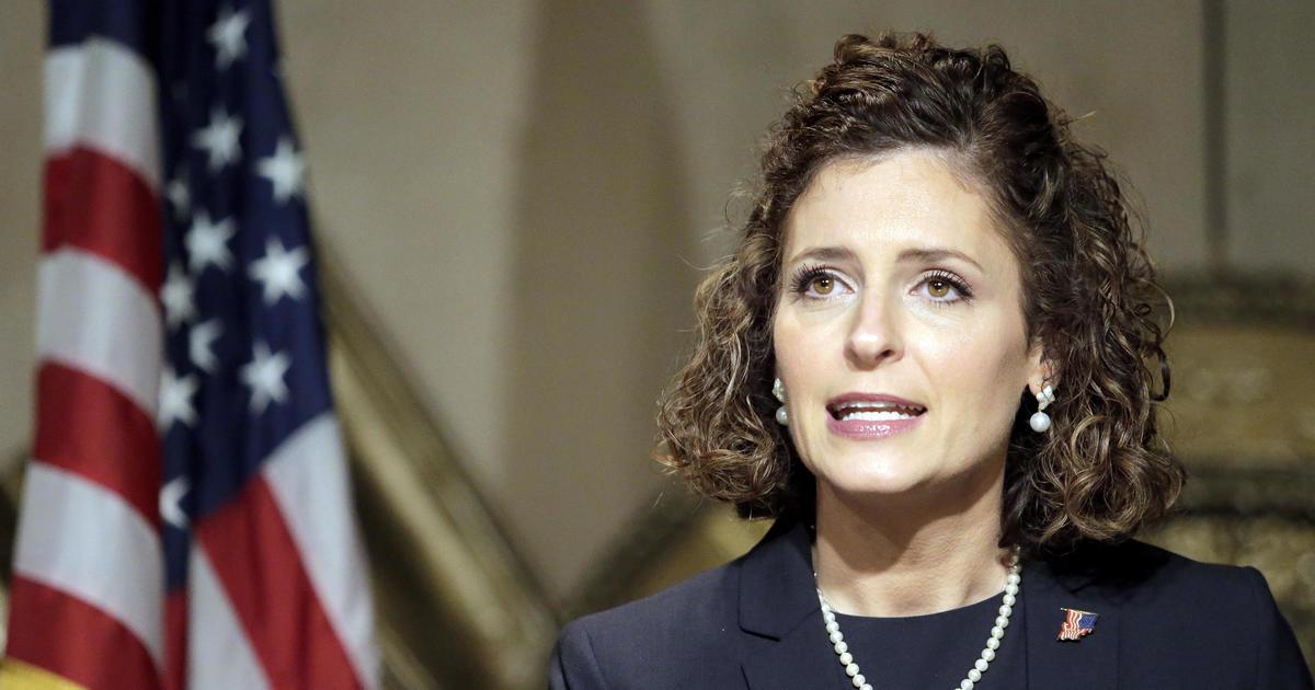 Julia Letlow wins Louisiana congressional seat, CBS News projects thumbnail