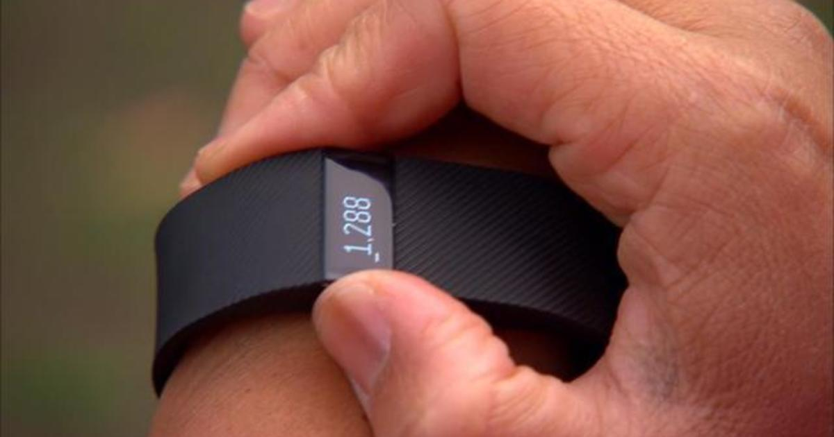 CNET gift guide: Fitness trackers