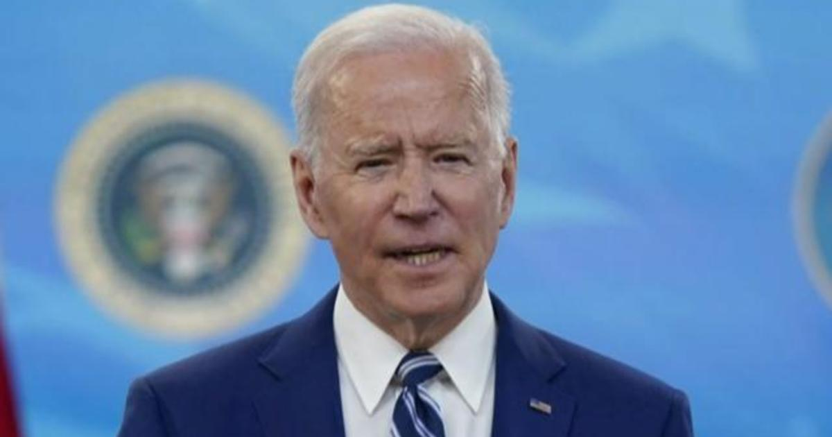Biden says most adults should be eligible for COVID-19 vaccine by April 19 thumbnail