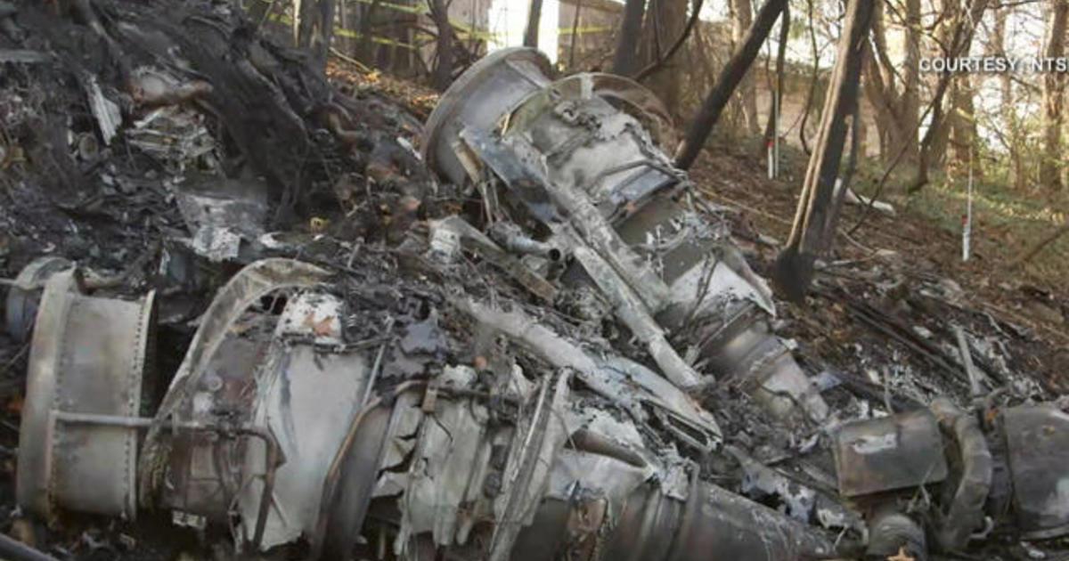 Officials examine cockpit data from Ohio plane crash