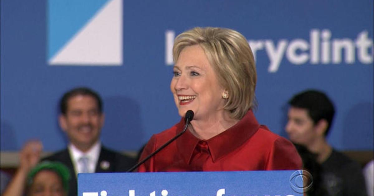 Clinton beats Sanders in Nevada caucuses