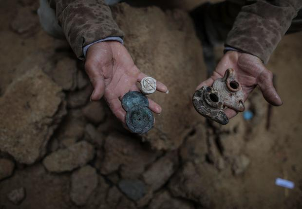 Gaza burial ground discovered