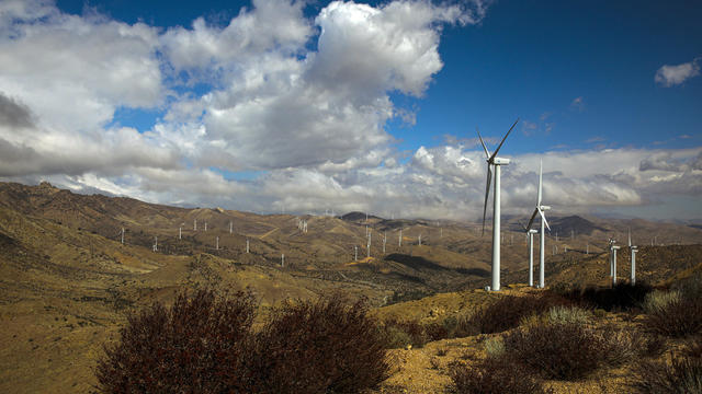LADWPs Pine Tree Wind Farm and Solar Power Plant in the Tehachapi Mountains