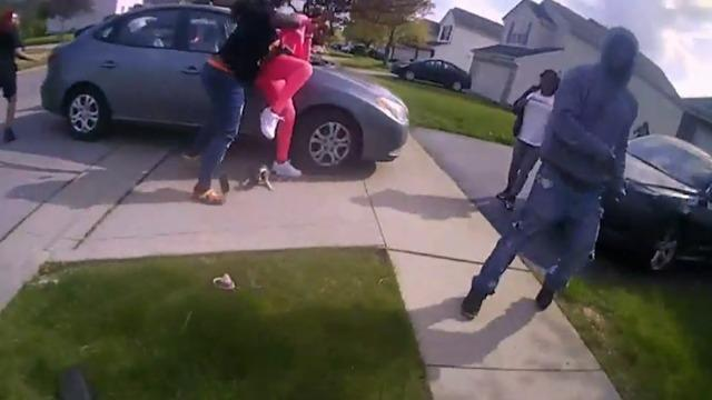 cbsn-fusion-ohio-police-say-teen-girl-was-shot-after-threatening-others-with-knife-thumbnail-698742-640x360.jpg