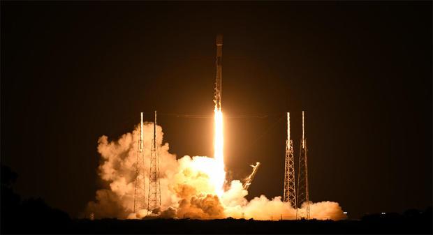 050921-launch1.jpg