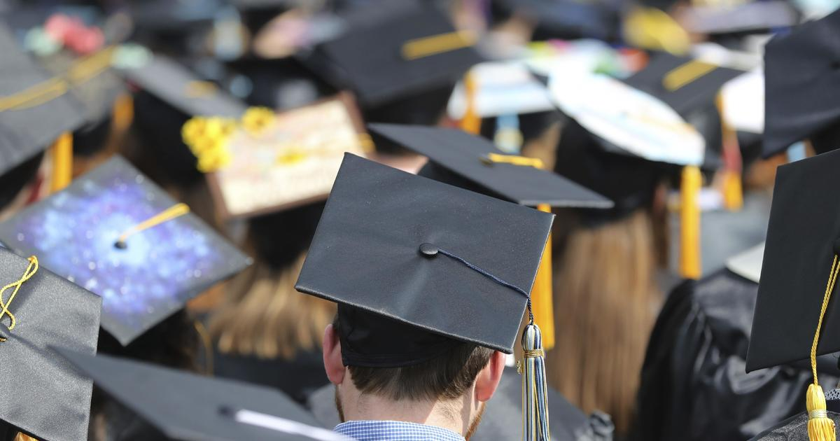 Undocumented college students can access pandemic aid, Biden administration says