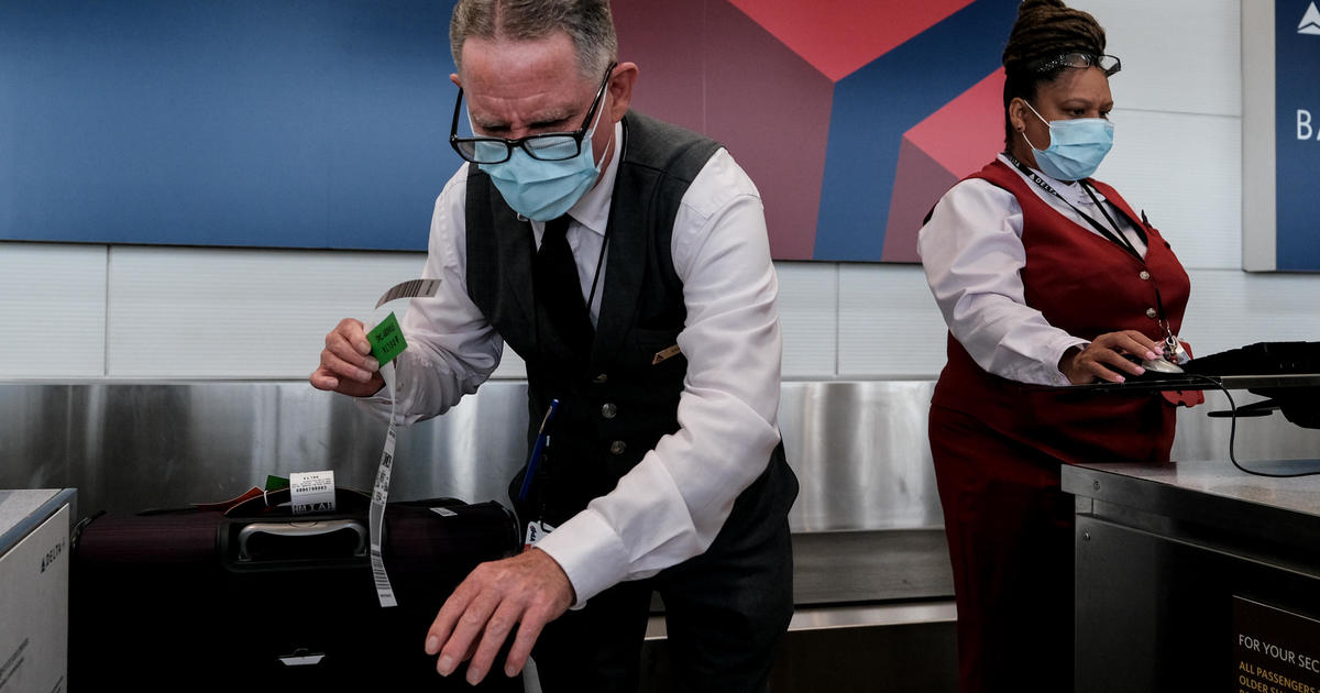 Delta first major U.S. airline to require new hires be vaccinated