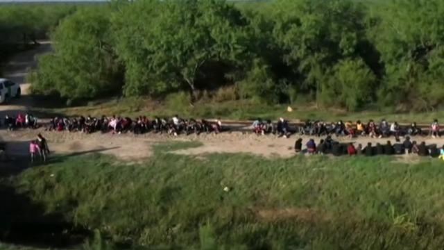 cbsn-fusion-us-to-admit-250-asylum-seekers-per-day-thumbnail-718336-640x360.jpg