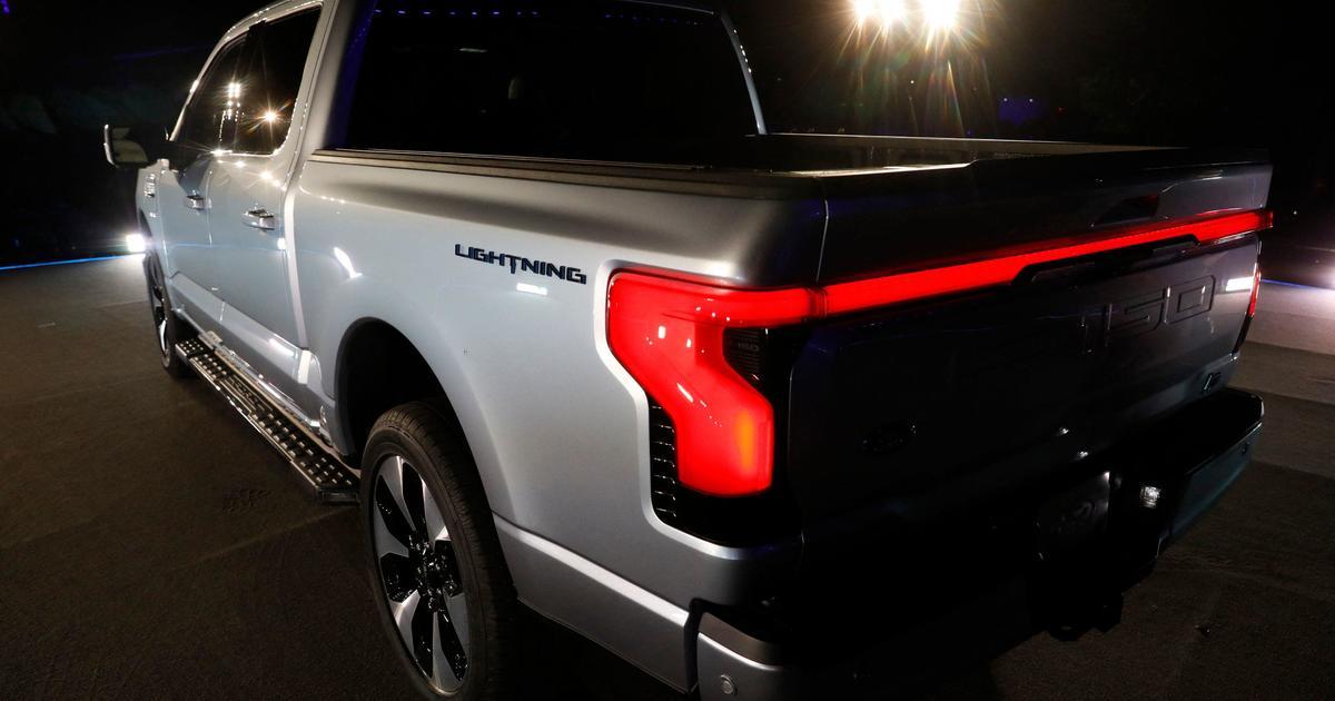 Ford Betting Big On F 150 Lightning Electric Truck Cbs News