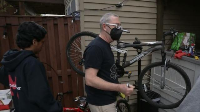 cbsn-fusion-virginia-pastor-turns-one-stolen-bike-into-hundreds-of-free-fixed-up-bikes-to-help-his-community-thumbnail-724203-640x360.jpg