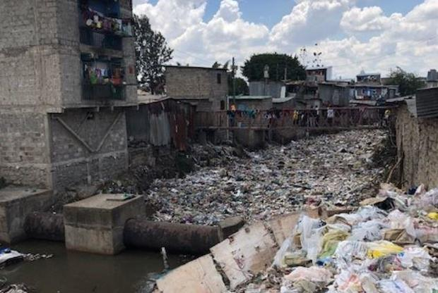 nairobi-kenya-garbage-patta.jpg