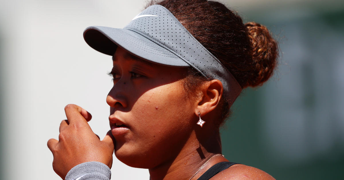 Naomi Osaka fined $15,000 and threatened with suspension for avoiding media at French Open