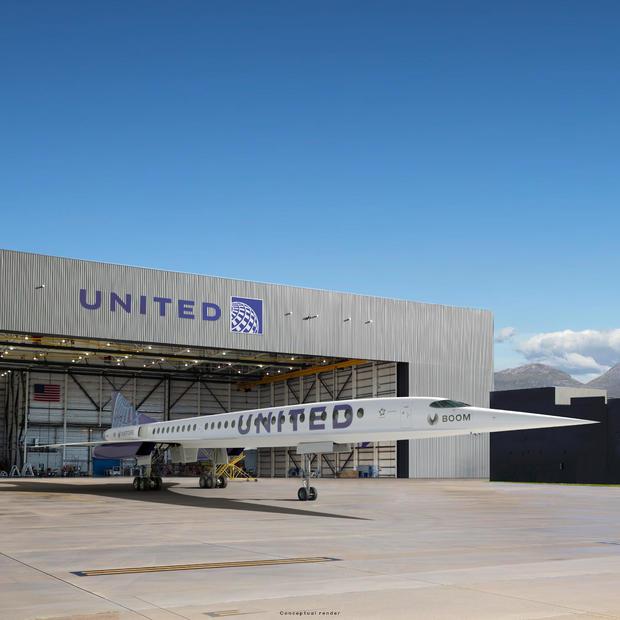 hangar-4320x4320.jpg