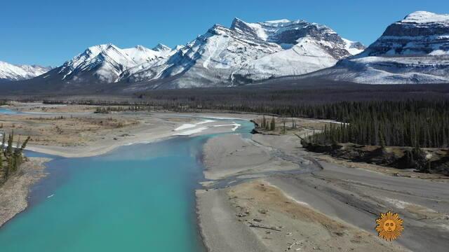 canadian-rockies-733617-640x360.jpg