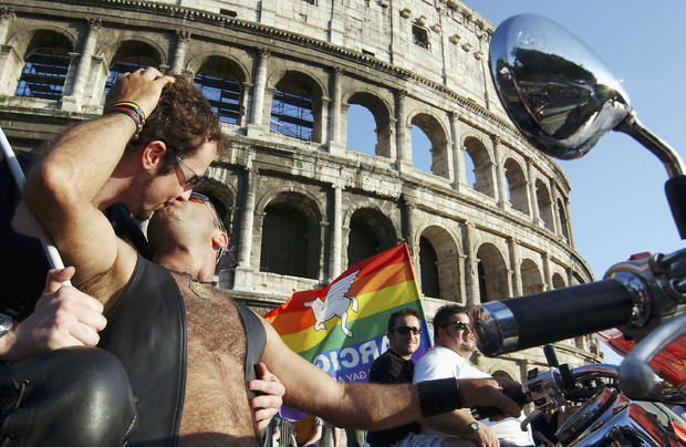 ITA: Gay Pride March Takes To The Streets Of Rome