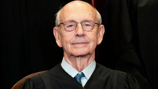 cbsn-fusion-progressive-activists-call-on-supreme-court-justice-stephen-breyer-to-retire-thumbnail-740032-640x360.jpg