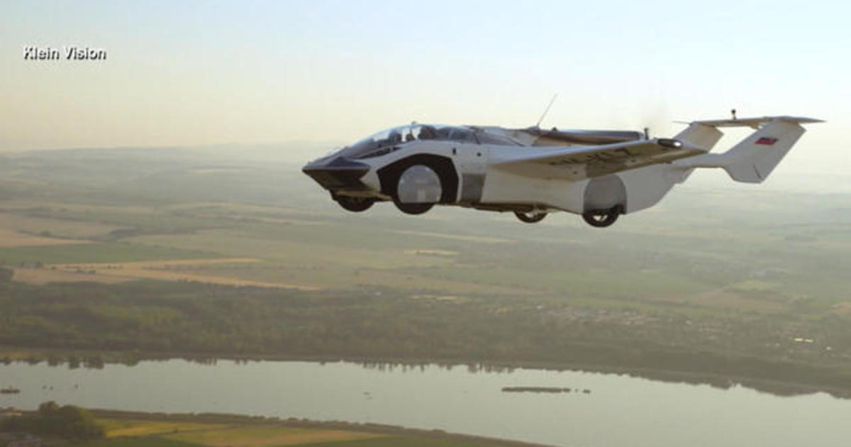 Flying Car makes 35-Minute Test Flight between Airports in Slovakia