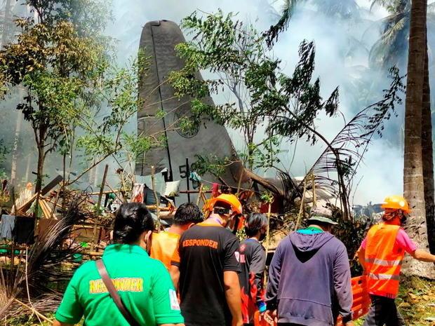 Deadly Philippines troop plane crash
