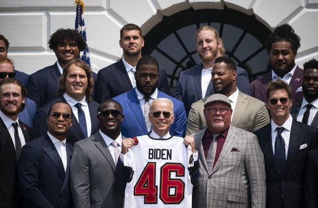 Biden Tom Brady Tampa Bay Buccaneers