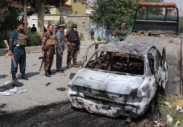 Rockets hit near the presidential palace in Kabul