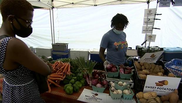 veterans-farmers-mobile-market-620.jpg